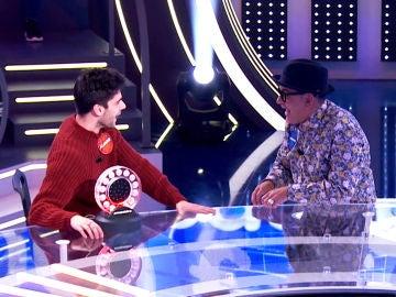 José Corbacho presiona a Álvaro Rico para averiguar el famoso tema de 'La Pista'