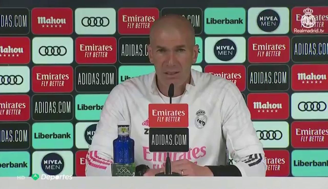 """Zidane: """"¿Sergio Ramos? Lo que queremos es que se quede aquí"""""""