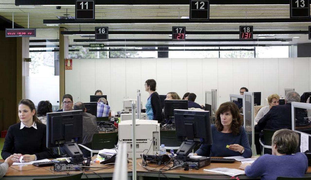 Hacienda permitirá fraccionar en seis meses los pagos en la declaración de la renta por los ERTE