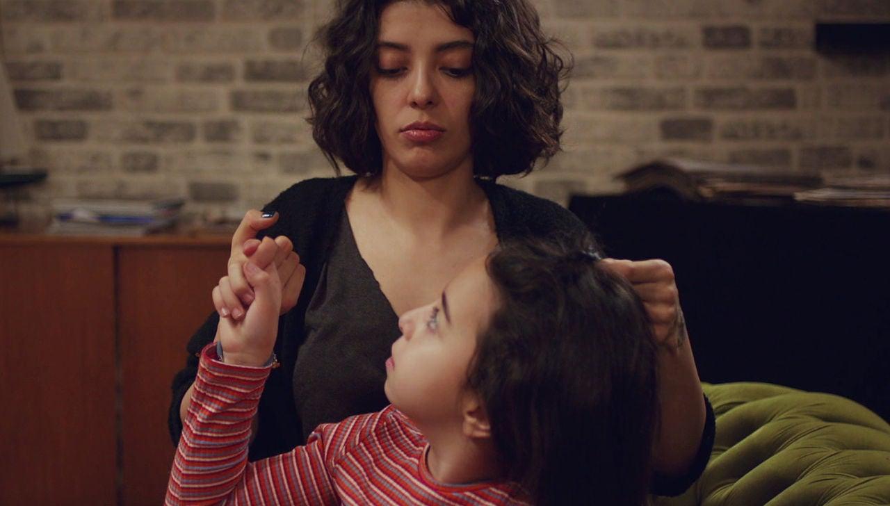 """Asu, a Öykü: """"¿Cuándo piensas llamarme mamá?"""""""