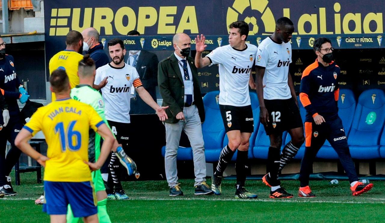 Hecho histórico: el Valencia abandona el campo tras un supuesto insulto racista de Cala a Diakhaby