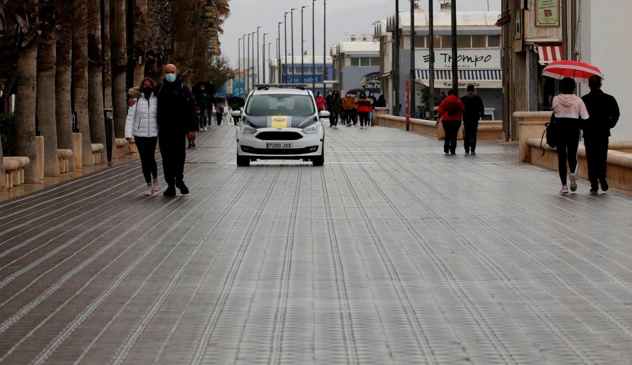 Restricciones, toque de queda y cierres perimetrales en España, hoy lunes 5 de abril