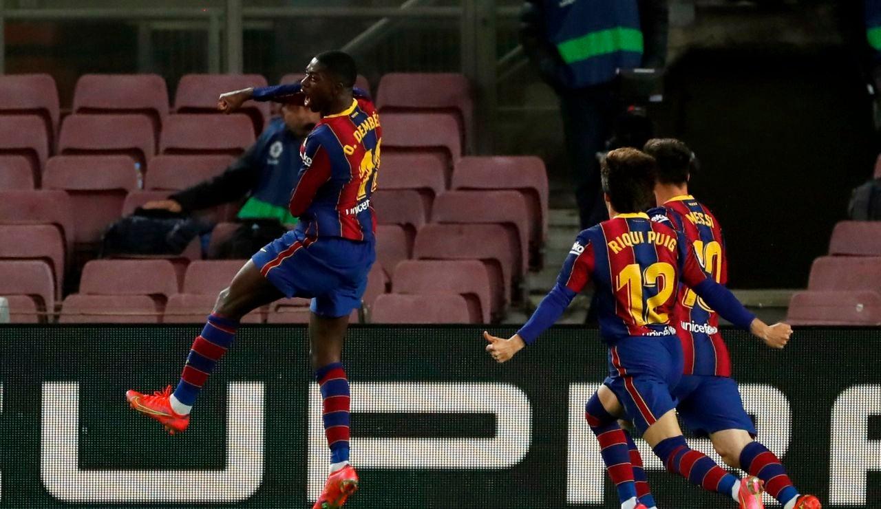 Dembelé rescata al Barcelona en el 90' y pone la Liga al rojo vivo antes del Clásico