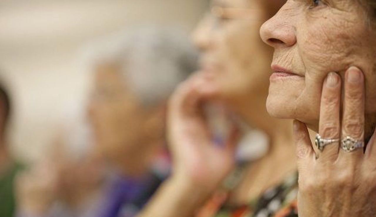 Encuesta: ¿Aceptarías retrasar un año tu jubilación a cambio de 13.000 euros?