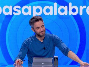 Roberto Leal se pone tierno al recordar a sus niños con una canción infantil