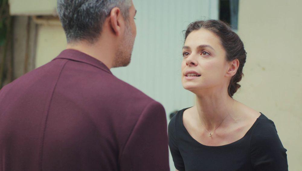 "Bahar zanja su relación con Sarp tras ver sus fotos con Sirin: ""Me das asco"""
