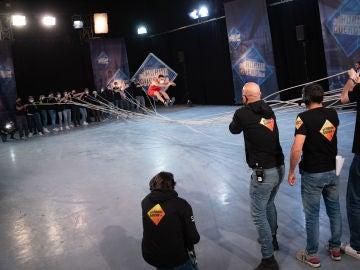 Dulceida disfruta en primera fila del difícil reto de 'El Hormiguero 3.0': el desafío 'Mortal Kombat'