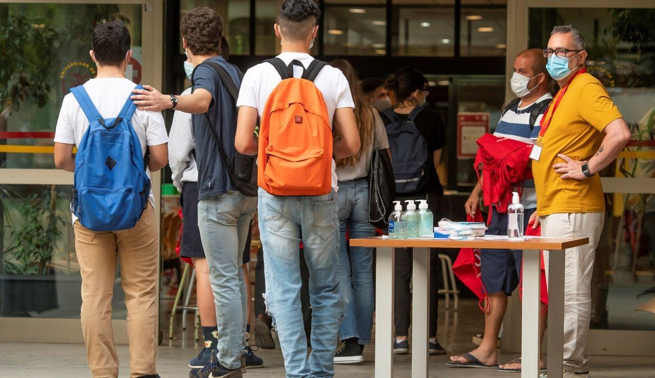 Fechas de la EBAU 2021 para cada comunidad autónoma: Murcia será la primera y Andalucía la última