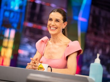 Pablo Motos duda al realizar una comprometida pregunta a Raquel Sánchez Silva sobre sus hijos
