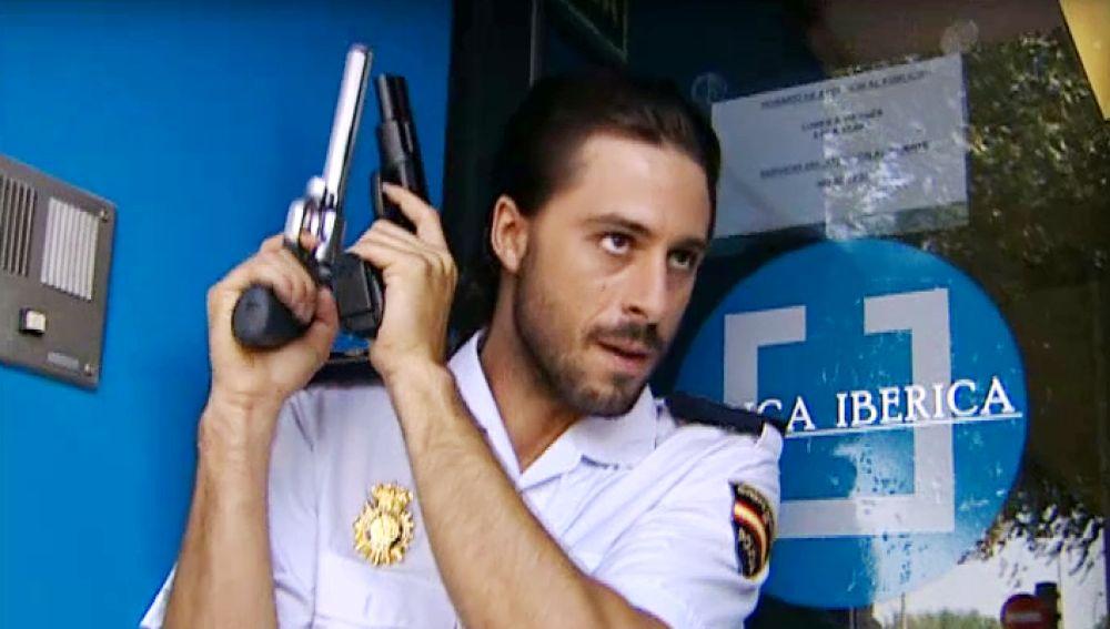 Las escenas de tiros más divertidas en 'Los hombres de Paco'