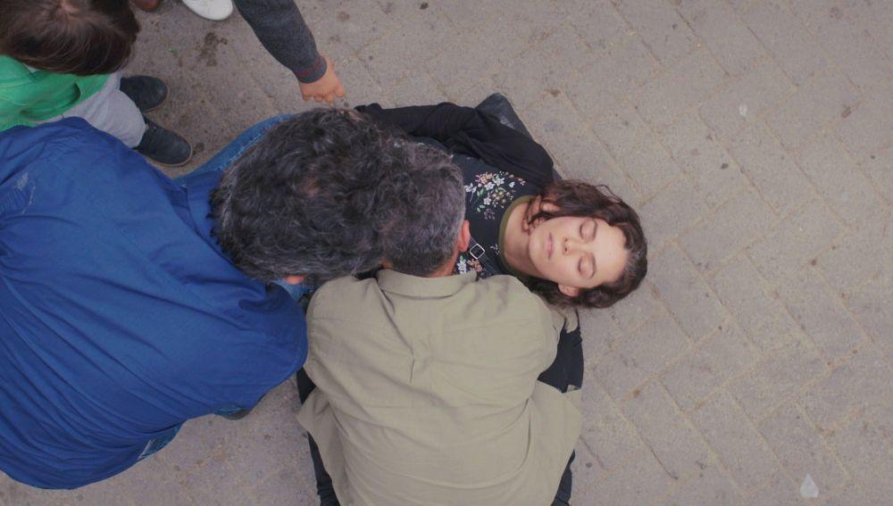 Bahar se desmaya en plena calle: ¿recae en su enfermedad?