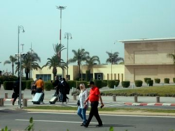 Mueren 5 personas por ingerir gel hidroalcohólico en Marruecos