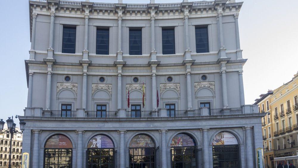 Detectan 24 positivos en el elenco y coro de la ópera 'Peter Grimes' en el Teatro Real