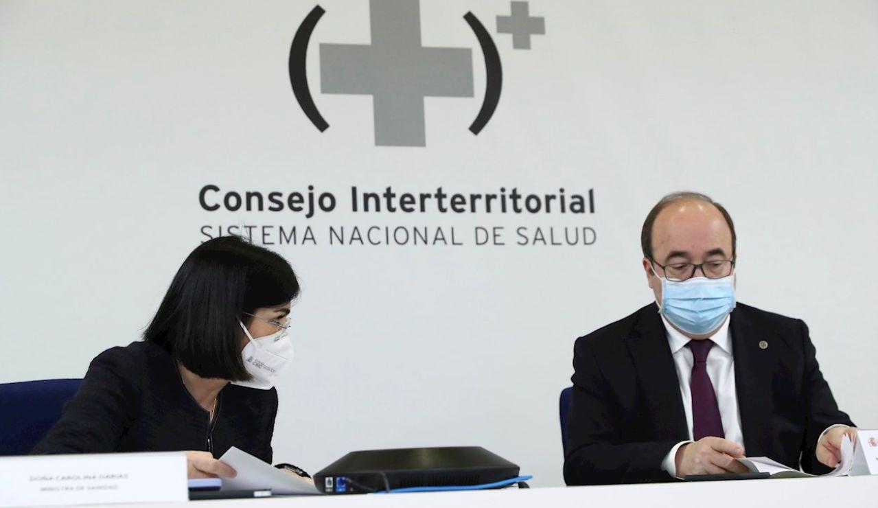 La ministra de Sanidad, Carolina Darias, preside por videoconferencia, con el ministro de Política Territorial y Función Pública, Miquel Iceta, la reunión del Consejo Interterritorial de Salud
