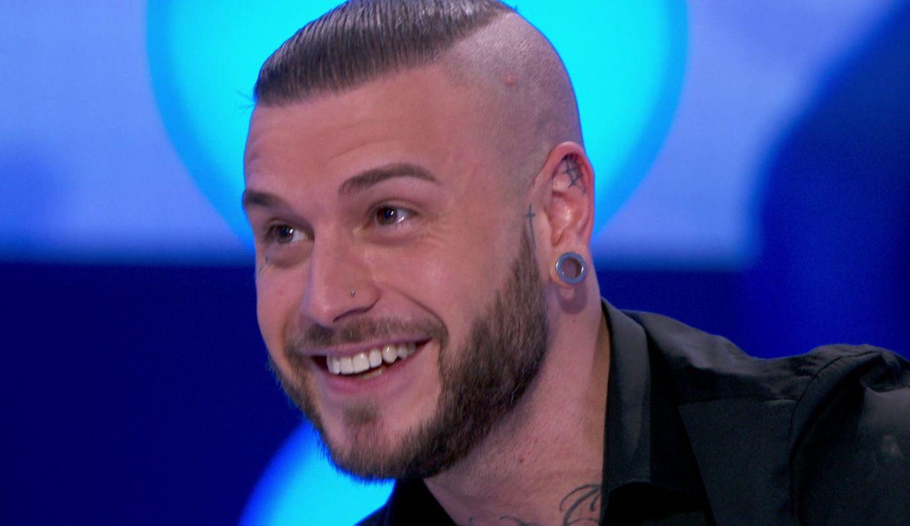 Adrián Rodríguez enamora con su nuevo single 'Pa' que'