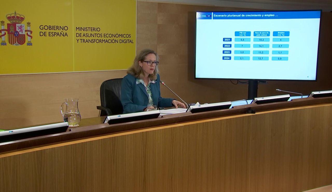 El Gobierno recorta la previsión al 6,5 y calcula que en 2022 se habrán recuperado los niveles de PIB previos a la pandemia