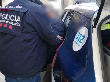 Detenido el líder de una secta que se hacía llamar 'maestro iluminado' por abusos sexuales en Barcelona