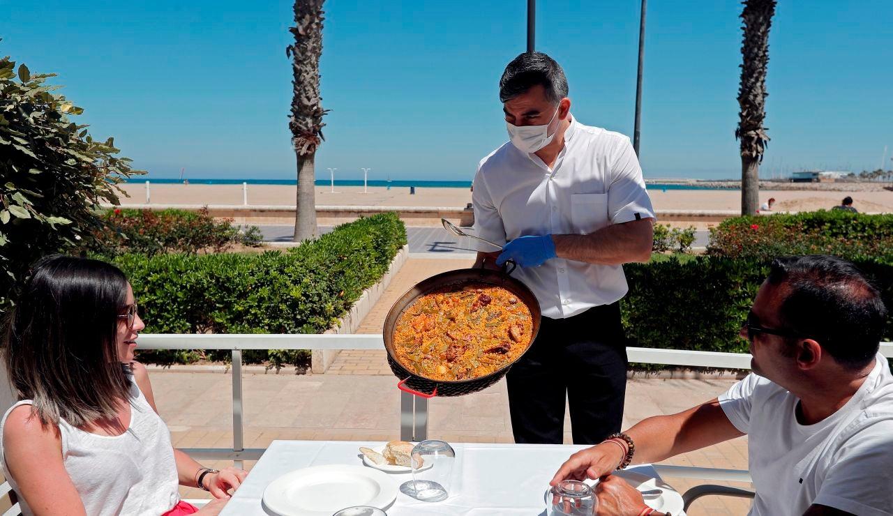 Vota: ¿Debe ser la paella valenciana un Bien de Interés Cultural?