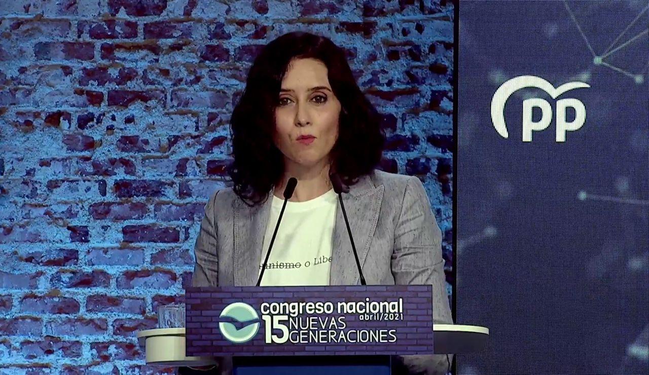 """Isabel Díaz Ayuso pide a los jóvenes que van a votar por primera vez en las elecciones de Madrid no dejarse """"engañar"""" por la izquierda"""
