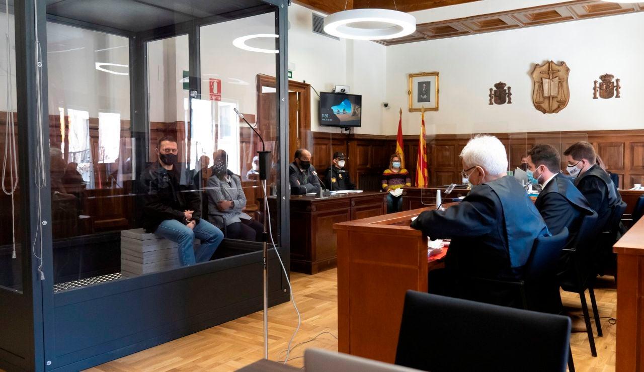 Antena 3 Noticias 1 (12-04-21) El abogado del ganadero asesinado por Igor 'El ruso' asegura que 'aunque tiene sus trastornos, este señor es perfectamente consciente de lo que hace'