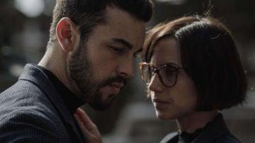 Mario Casas y Aura Garrido en 'El Inocente'