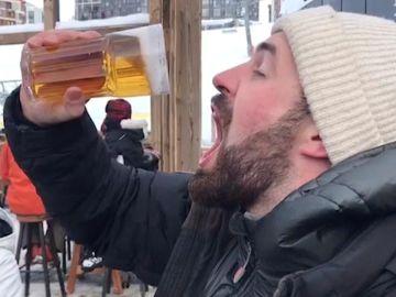 Intenta beber cerveza congelada