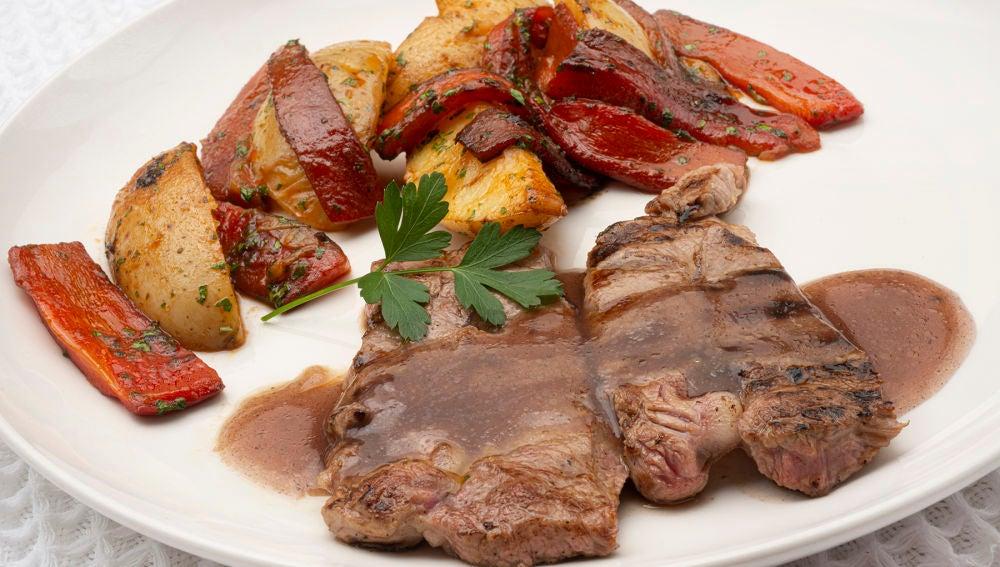 """Espaldilla de ternera con verduras, de Karlos Arguiñano: """"Una receta espectacular"""""""