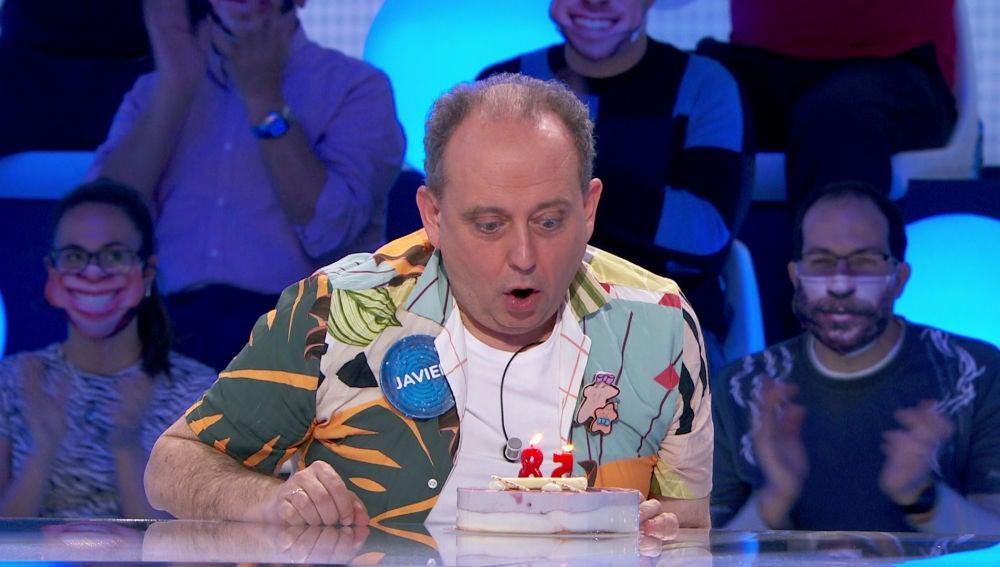 ¡Felicidades Javier! El concursante de 'Pasapalabra' celebra con alegría su 58 cumpleaños