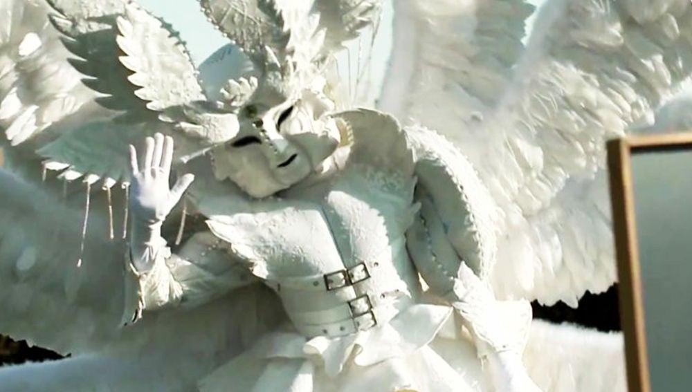 """La primera pista sobre Ángel de 'Mask Singer': """"He realizado grandes hazañas con mis piececitos"""""""