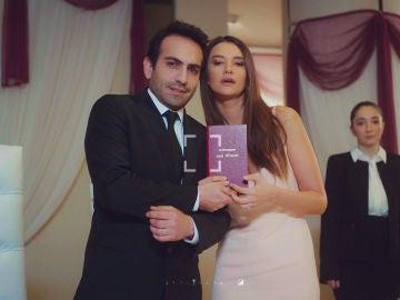 """""""¿Quieres casarte conmigo?"""", la sorprendente petición de Candan a Demir"""