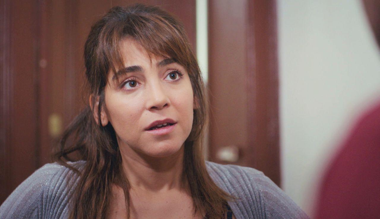 """Ceyda anima a Arif a trabajar en la cafetería de Emre pero le advierte: """"Hay una cosa que debes saber"""""""