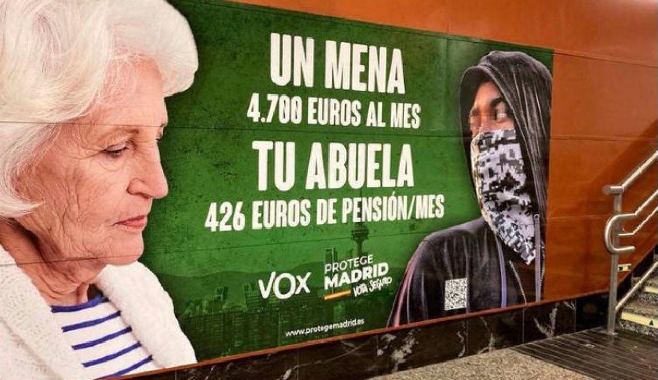 Renfe retirará el cartel de Vox de las Elecciones de Madrid de sus estaciones si la Junta Electoral aprecia delito