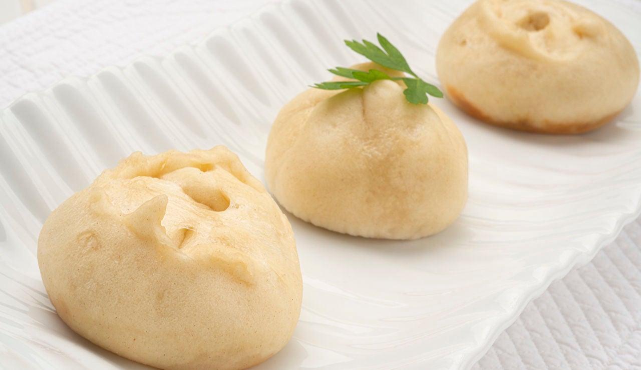 Receta de pan baozi relleno de txistorra