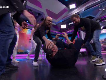 La batalla de break dance entre José Mota, Santiago Segura, Florentino Fernández y Pablo Motos