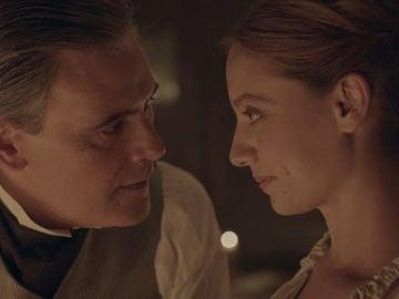 """La cocina crea un momento mágico entre Diego y Clara: """"Tal vez solo se trate de dejarse llevar"""""""
