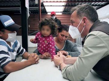 Espejo Público (22-04-21) Espejo Público acompaña a inmigrantes que buscan entrar en EEUU a través del 'tren de la muerte'