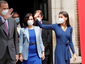 Los reyes acompañados por la presidenta de la Comunidad de Madrid, Isabel Díaz Ayuso