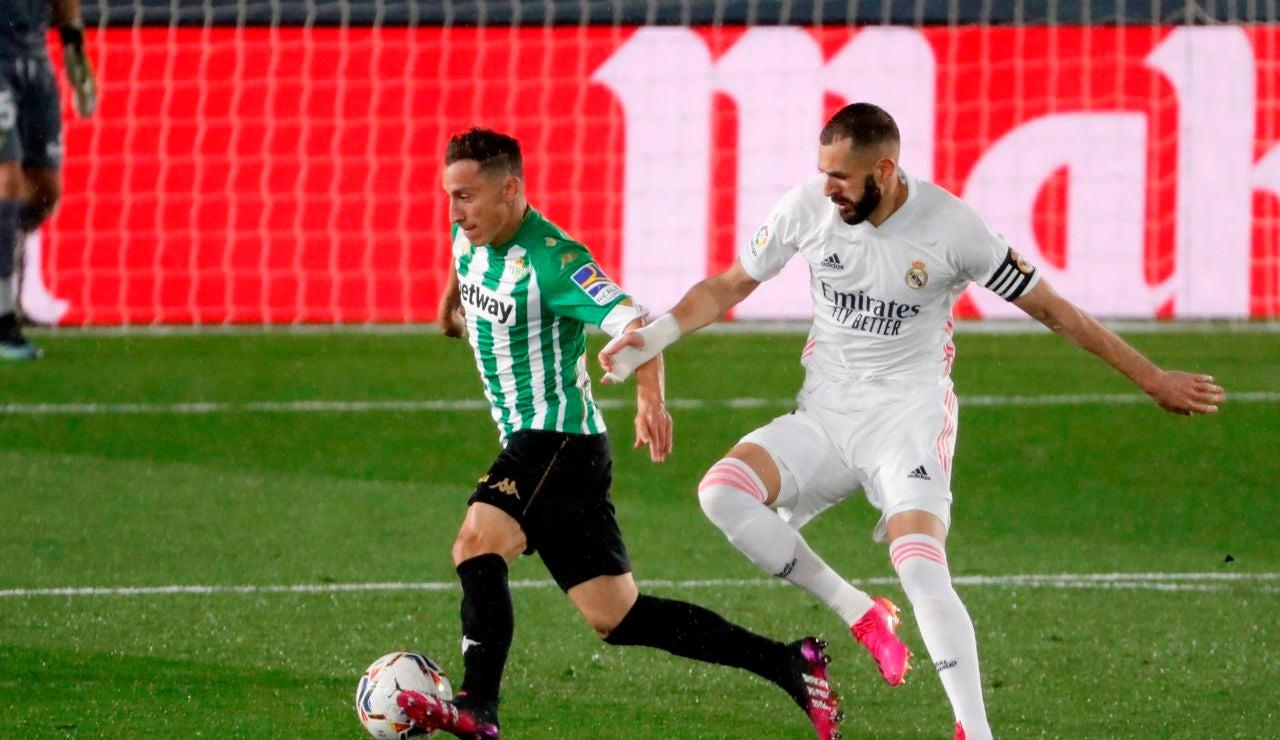 Un Real Madrid sin ideas se deja dos puntos ante el Betis y pierde comba en la Liga