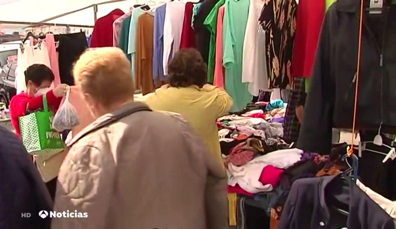 Aumentan los aforos de los mercadillos y regresan las atracciones de feria a Galicia