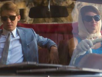 Joe Alwyn y Shailene Woodley en 'La última carta de amor'