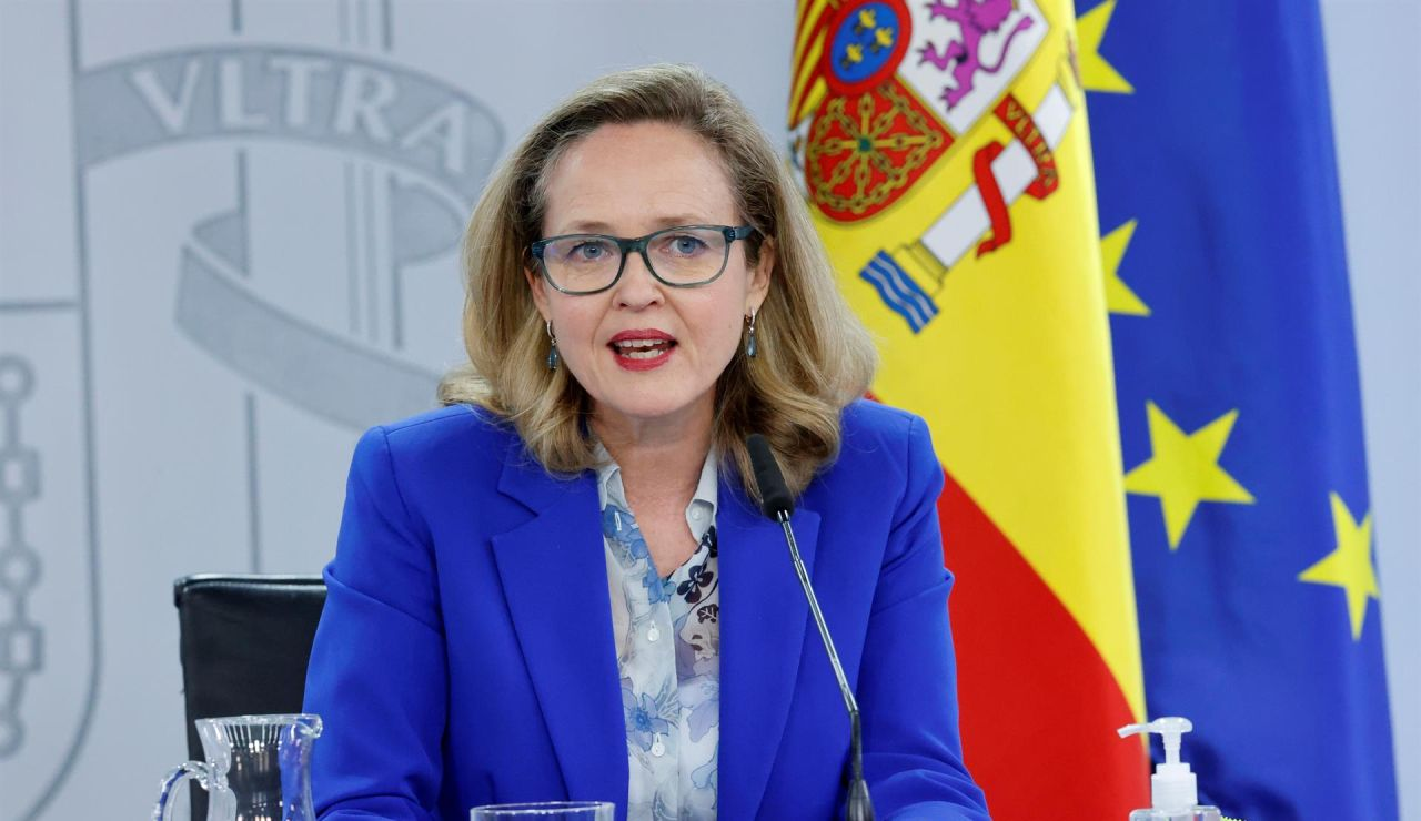 "Nadia Calviño tacha ahora de ""errata"" la retirada de la tributación conjunta del IRPF"