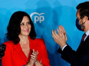 Pablo Casado e Isabel Díaz Ayuso celebran la victoria de Ayuso en Madrid