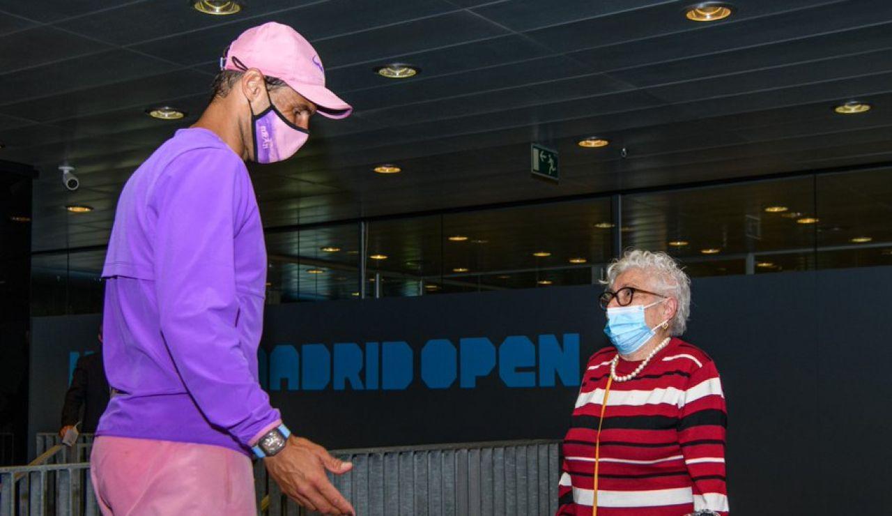 La emocionante sorpresa de Rafa Nadal a Manuela, una anciana de 95 años con Alzheimer