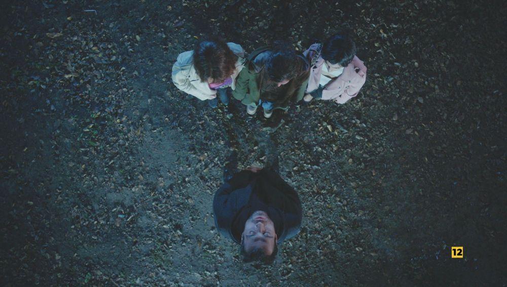 """Cem no tiene piedad con Bahar, Ceyda y Bersan: """"Os enterraré a las tres por separado"""""""