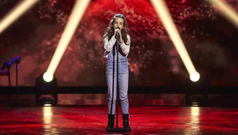 Ainara Manzano canta 'Colores en el viento' en las Audiciones a ciegas de 'La Voz Kids'