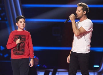 David Bisbal canta 'Mi princesa' con Lukas Urdea en las Audiciones a ciegas de 'La Voz Kids'