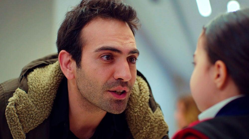 El increíble ingenio de Demir para ayudar a Öykü en su grave enfermedad