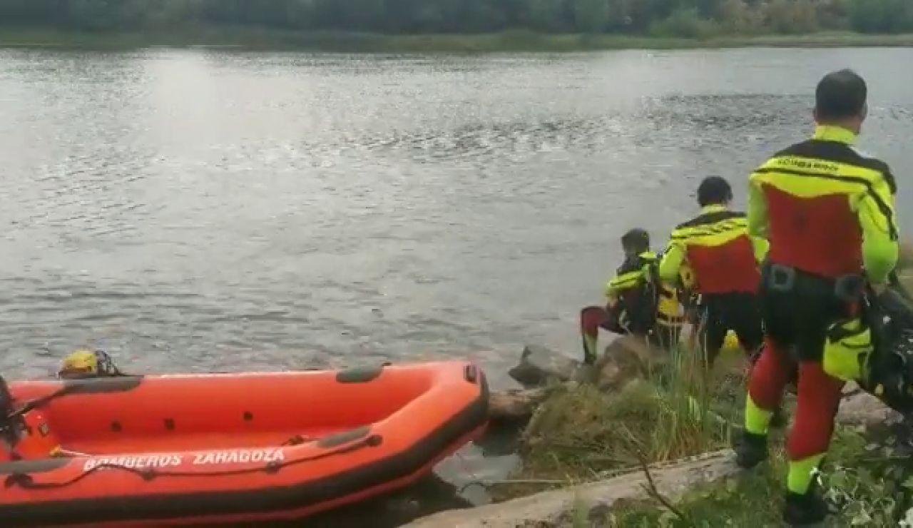 Continúa la búsqueda del menor desaparecido en el Ebro en Zaragoza