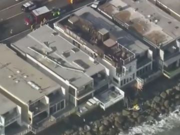 Colapso del balcón de una vivienda en Malibú