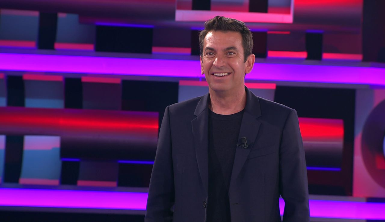 ¡No cuela! Arturo Valls cuenta un chiste y el concursante lo acaba por él en '¡Ahora caigo!'